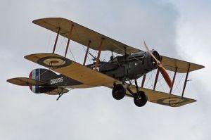 350px-Bristol_F2B_D8096_flying_1